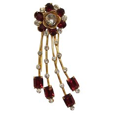 Old Gold-tone Dress Clip with Red Oval Rhinestones