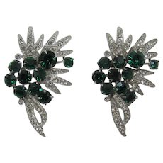 Two Matching Eisenberg Brooches with Green and Clear Rhinestones
