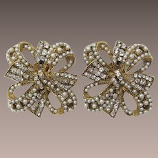 Imitation Pearl and Clear Rhinestone Double Bow Earrings