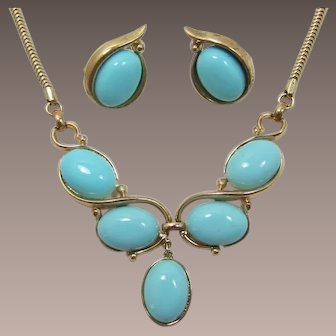 Trifari Light Turquoise Cabochon Necklace and Earring Set