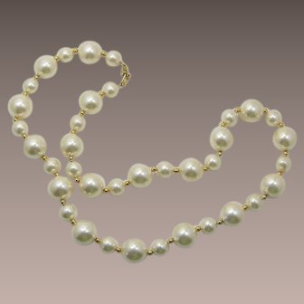 Napier Large Imitation Pearl Necklace