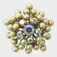 Beau Jewels Style Tiered Golden Imitation Pearl Brooch