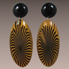 1970's Black and Golden Tan Psychedelic Shoulder Duster Earrings - WOW