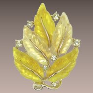 Lisner Iconic Two-Tone Yellow Large Leaf Brooch