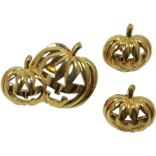 Avon Double Pumpkins Tack Pin and Matching Earrings