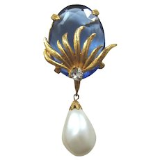 Elegant Brooch with Huge Blue Rhinestone and Imitation Pearl