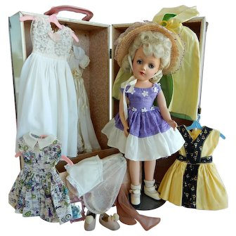OUTSTANDING Mary Hoyer Doll In Trunk with Tagged Wardrobe