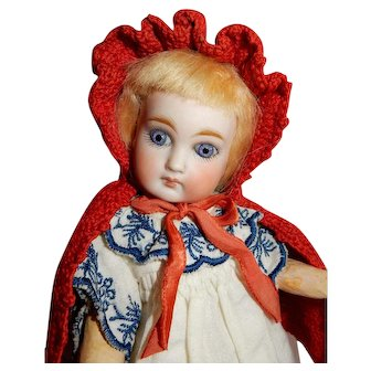 """DELIGHTFUL and Charming 8"""" Belton Doll made for French Market"""
