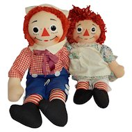 CUTE Pair of Vintage Knickerbocker Raggedy Ann and Andy Dolls
