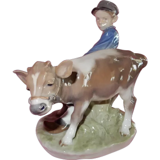 WONDERFUL Royal Copenhagen Boy with a Cow
