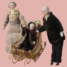 Charming Doll House Family