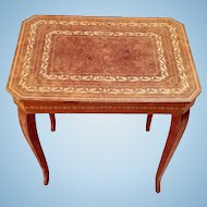Pretty Burled Mahogany Musical Side Table