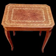 Pretty Burled Mahogany Musical Side Table