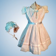 Large antique dress with Bonnet