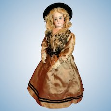 Portrait Jumeau Fashion Doll