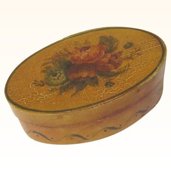 Pretty Shaker Oval Bentwood Pantry Box Decorated with Spray of Flowers, 19th Century