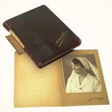 Special & Sentimental Autograph Book belonging to Named WWI Nurse with Messages & Images