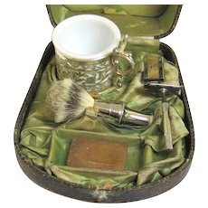 Interesting Shaving Compendium with Contents, Late Victorian