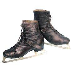 Antique Ladies Ice Skates c1897 - 1900