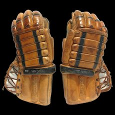 Vintage Leather CCM Hockey Gloves Costom Pofessional 1110 Mid 1960s