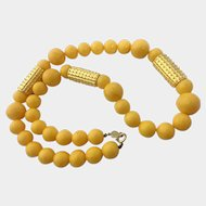 Accessocraft NYC Butterscotch Yellow Faux Bakelite Necklace with Spiky Gilt Tube Accents