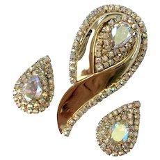 Flashy, Shiny Aurora Borealis  Paisley Brooch & Earrings Set, 1960s