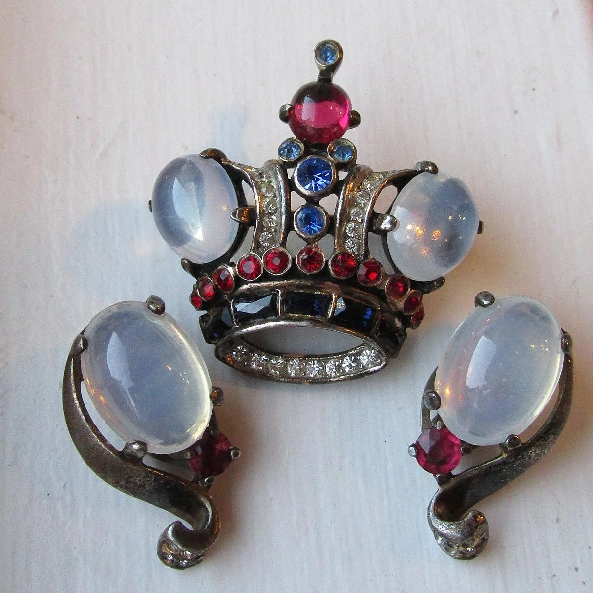 collection moonstone brooch object made maas c england in