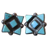 Early Vintage Native American Zuni Black Sterling Silver & Triangular Turquoise Petit Point Earrings