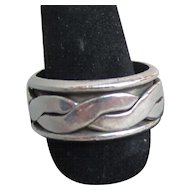 Men's or Ladies Vintage Sterling Silver Band Ring with Moving Celtic Braid, Size 10