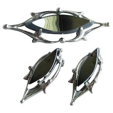 Signed Whiting & Davis Vintage 1960's Modernist Hematite Pin & Earrings Set