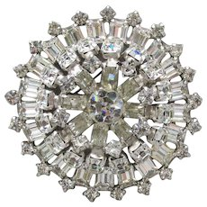 Spectacular Unsigned WEISS Layered Vintage HUGE Rhinestone Pin