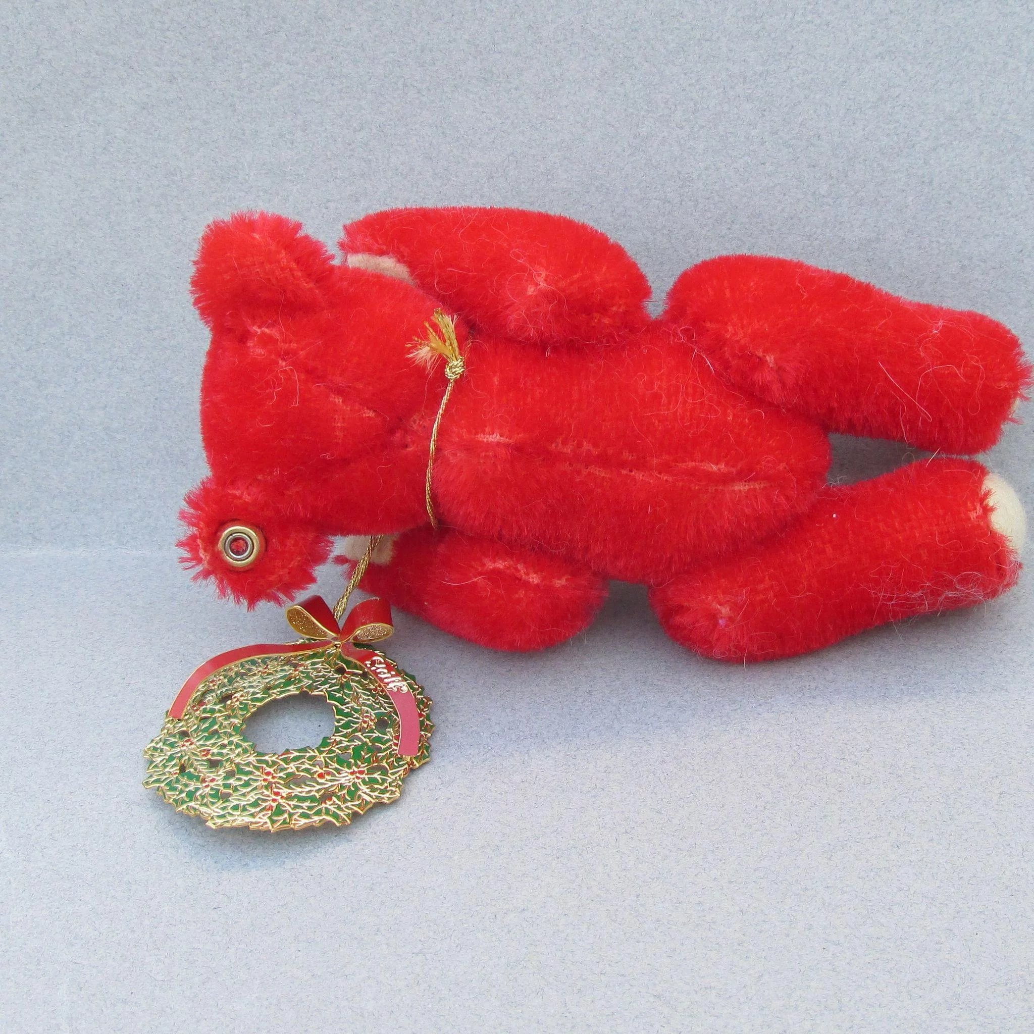 Steiff Red Christmas Bear with Ornament : Crystazzle ...