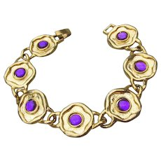Signed G.M USA Vintage 1990's Etruscan Revival Gold Tone Glowing Purple Glass Cabochon Round Link Bracelet