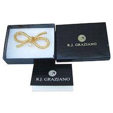 Mint In Box!  R.J. Graziano Vintage Rhinestone Gold Tone BOW Pin