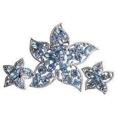 Sarah Coventry Vintage STAR FIRE Blue Rhinestone Star Fish Pin & Earrings Set