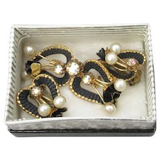 Vintage AUSTRIA Black Enamel ROSE, Faux Pearl & AB Rhinestone Pin & Earrings Set