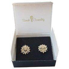MIB Sarah Coventry 1976 Vintage GOLDENROD Flower Earrings, New In Box!