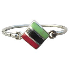 Taxco Mexico Vintage Sterling Silver Latch Top Bangle Bracelet, Inlaid Green Turquoise, Coral, Onyx