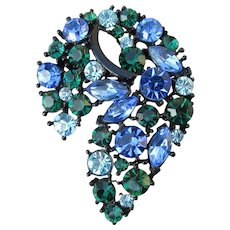 Unsigned WEISS Vintage Blue & Green Rhinestone Japanned Pin