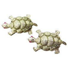 Pair of Cute 1960's Vintage TURTLE Scatter Pins, Mint In Box