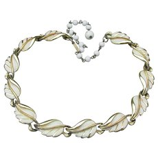 1950's Vintage CORO Pegasus Summer White Enamel Leaf Choker Necklace