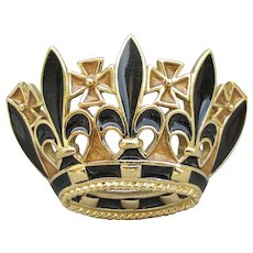Signed TRIFARI Vintage Black Enamel Gold Tone CROWN Pin