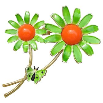 Signed WEISS Vintage 1960's Mod Enamel Daisy with Butterfly Pin