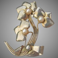 Designer Signed Henry Migley Vintage 1940's Faux Pearl Flower Corsage Pin