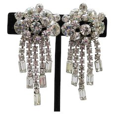 Spectacular Unsigned WEISS Long Vintage Dangle Rhinestone Earrings