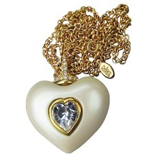 1990s Joan Rivers Puffy Faux Pearl & Rhinestone HEART Necklace