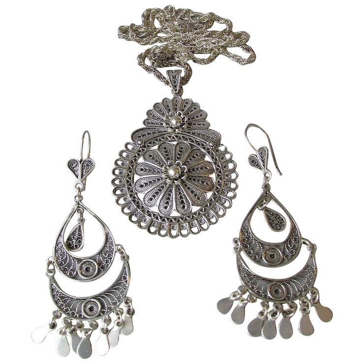 Vintage turkish sterling silver long chandelier earrings medallion vintage turkish sterling silver long chandelier earrings medallion necklace set aloadofball Gallery