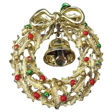 Vintage Christmas Pin, Enamel Wreath with Real BELL