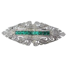 1930's Vintage Art Deco Emerald Green Rhodium Plated Rhinestone Pin