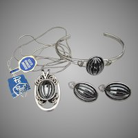 Signed PC P Craft Faux Hematite Vintage 1970's Modern Cuff Bracelet, Necklace, Earrings Set, MINT!